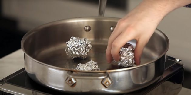 Фольга поможет готовить на пару без корзины-пароварки