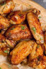 Запекайте с мёдом и тушите в пиве. Лучшие способы приготовить куриные крылья