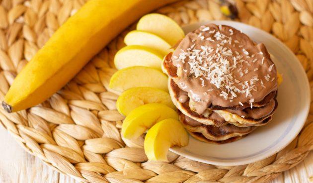 Оладьи с яблоком и бананом