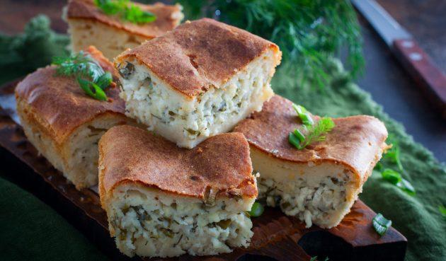 Заливной пирог с творогом, сыром и зеленью