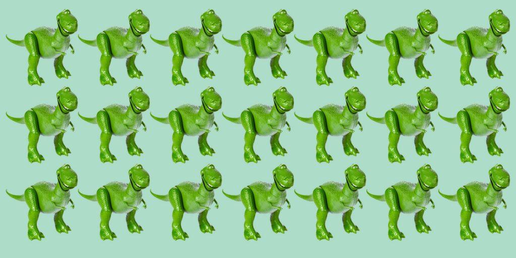 Какой динозавр отличается от остальных
