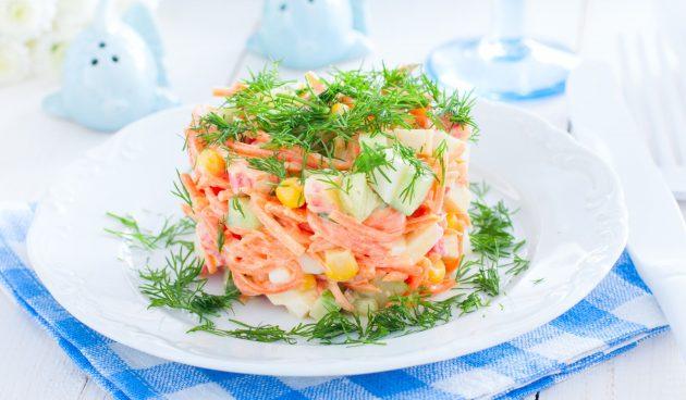 Салат с корейской морковью, огурцом и кукурузой