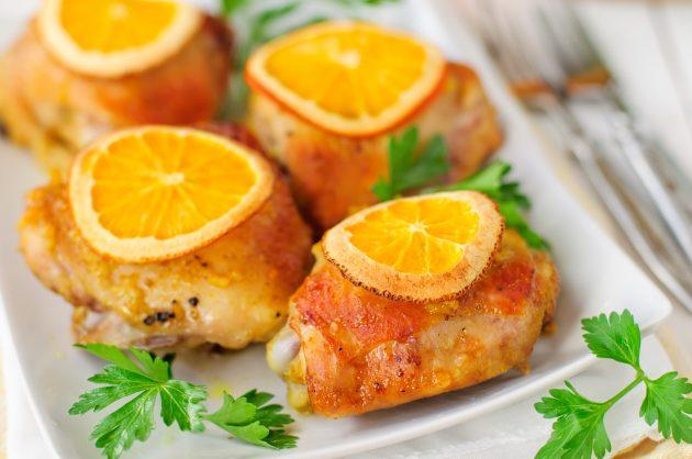 Курица, запечённая в духовке с апельсинами