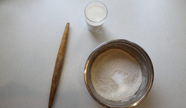 Кейтин пирой с рисом: начните замешивать тесто