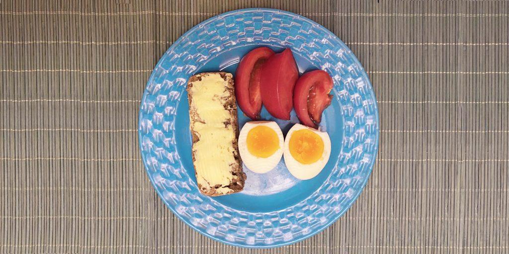 Яйца в «Ешь Деревенское»
