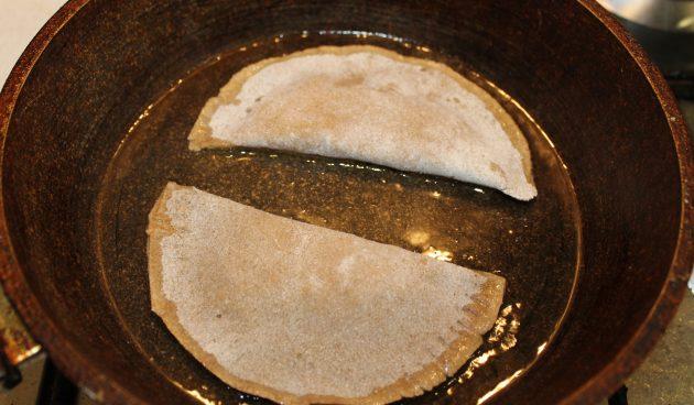 Обжарьте кейтин-пирой с рисом