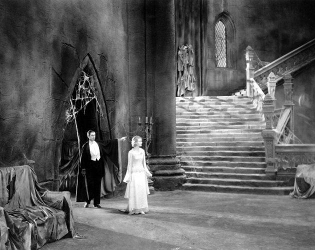 13 фильмов с самыми пугающими декорациями