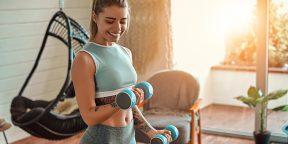 Тренировка дня: 3 простых суперсета для идеальной прокачки рук и плеч