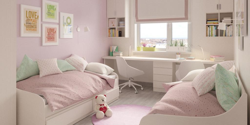 Оптимально для детской: римская штора, ковёр с коротким ворсом, покрывала и подушки