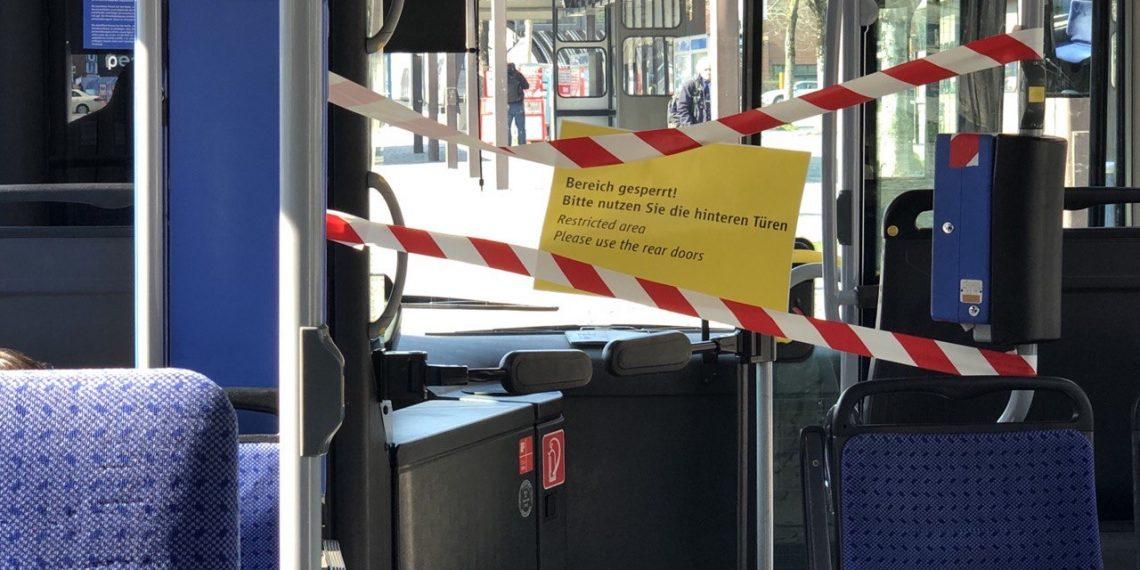 Коронавирус в Германии: место водителя отделено от пассажирского салона