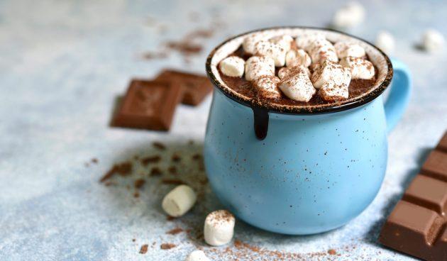 Какао со сгущённым молоком и сливками