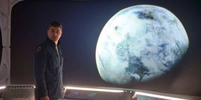 Netflix выпустил трейлер фильма «Полуночное небо» с Джорджем Клуни и Фелисити Джонс