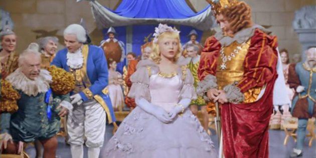 Кадр из советского фильма-сказки «Золушка»