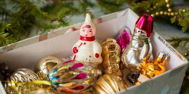 семейные новогодние традиции — это собрать коллекцию игрушек для первой самостоятельной ёлки