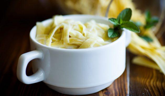 Молочный суп с лапшой