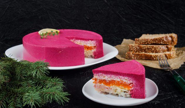 Селёдка под шубой в виде торта