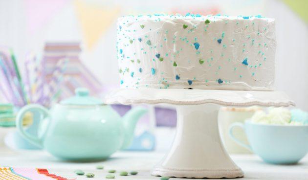 Сметанный торт со сливочным кремом