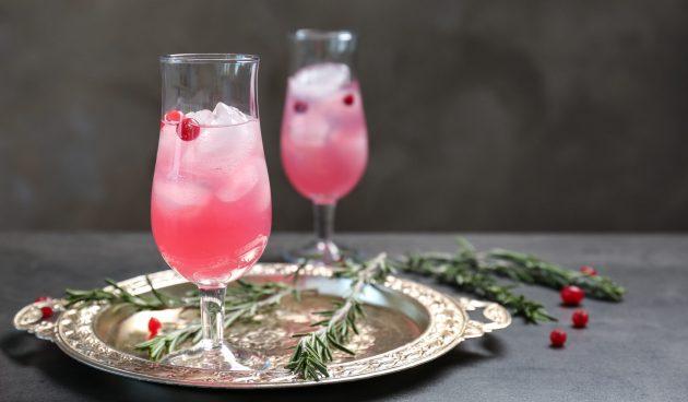 Грушевый коктейль с шампанским