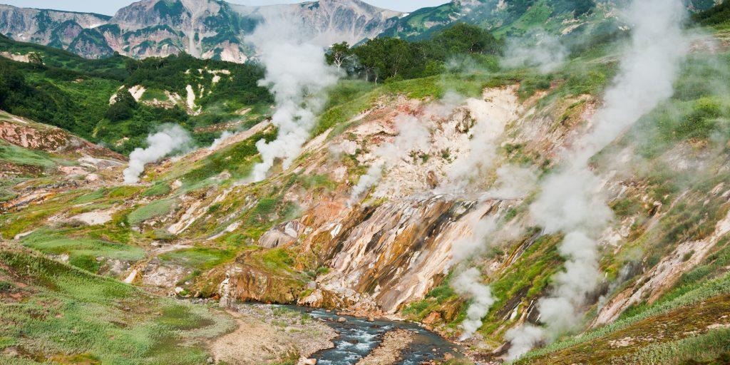 Природные достопримечательности России: камчатская Долина гейзеров