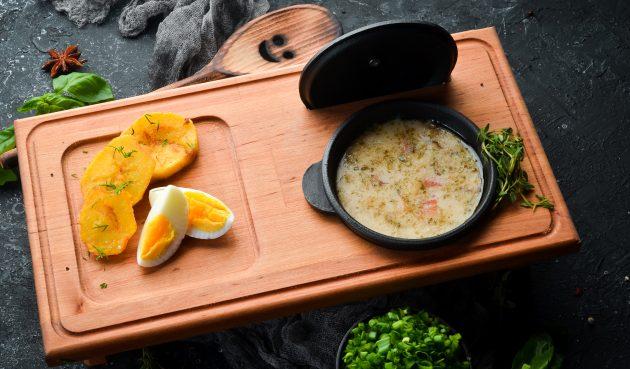 Яичный суп с беконом