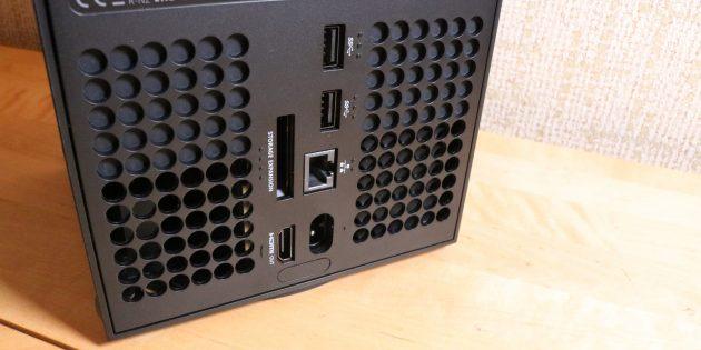 Задняя панель Xbox Series X