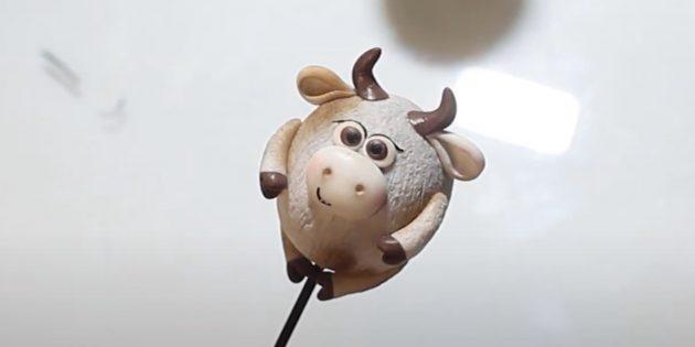 Как сделать быка своими руками: сделайте ресницы, зрачки и улыбку