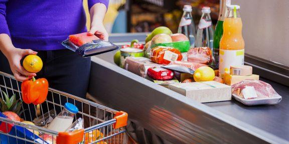 Что делать, если в магазине не продают товар по стоимости на ценнике: нюансы и алгоритм действий