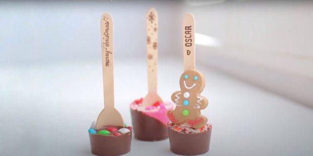 Подарки на Новый год своими руками: шоколадные ложки