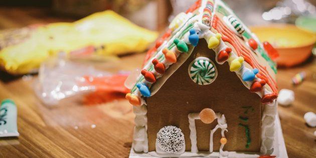 Как организовать Новый год для ребёнка: «постройте» пряничный домик