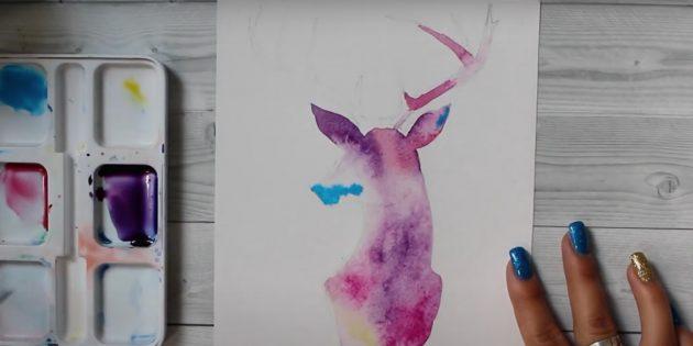 Прорисуйте голубой краской кончик уха и носа