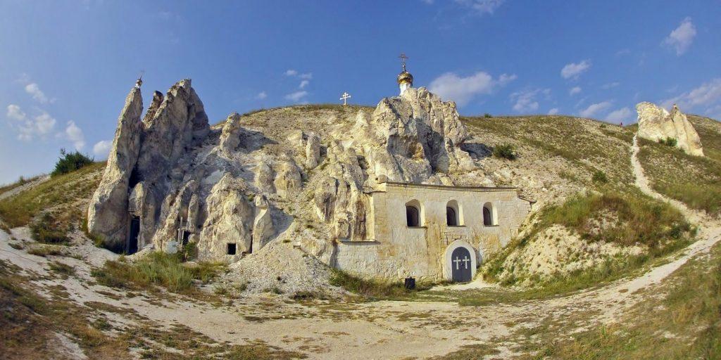 Природные достопримечательности России: донские дивы и пещерные монастыри