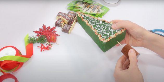 Новогодние подарки своими руками: соедините ствол и ёлку