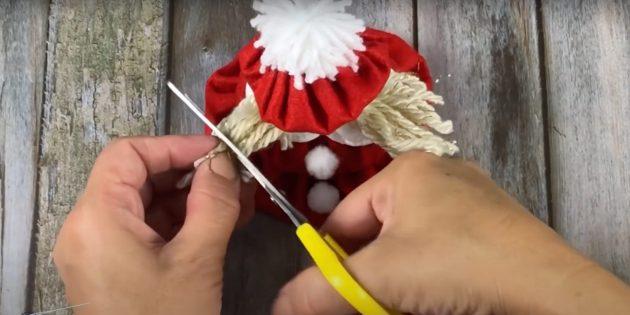 Подарки на Новый год своими руками: обрежьте волосы