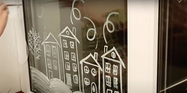Как украсить окна к Новому году: нарисуйте дым из трубы