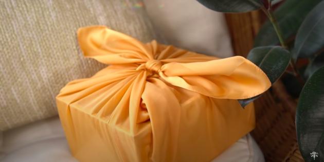 варианты упаковки подарков: ткань
