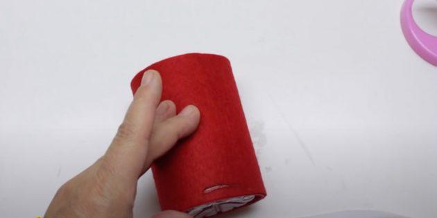 Как сделать Деда Мороза своими руками: приклейте прямоугольник