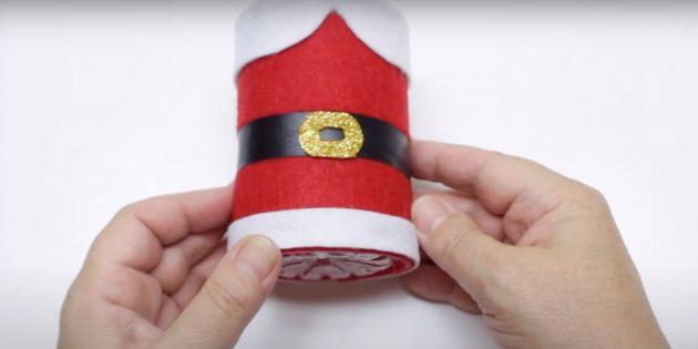 Как сделать Деда Мороза своими руками: сделайте и приклейте пряжку