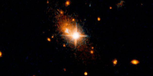 Космические явления: чёрная дыра