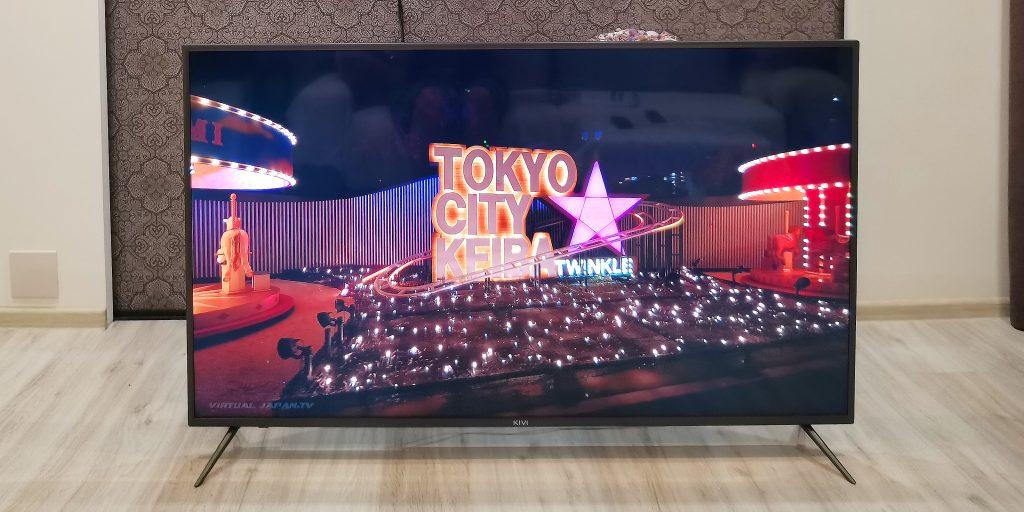 4К-телевизор KIVI 55U710KB: передняя панель