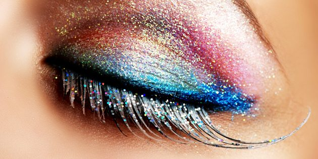 Блестящие тени для вечернего макияжа
