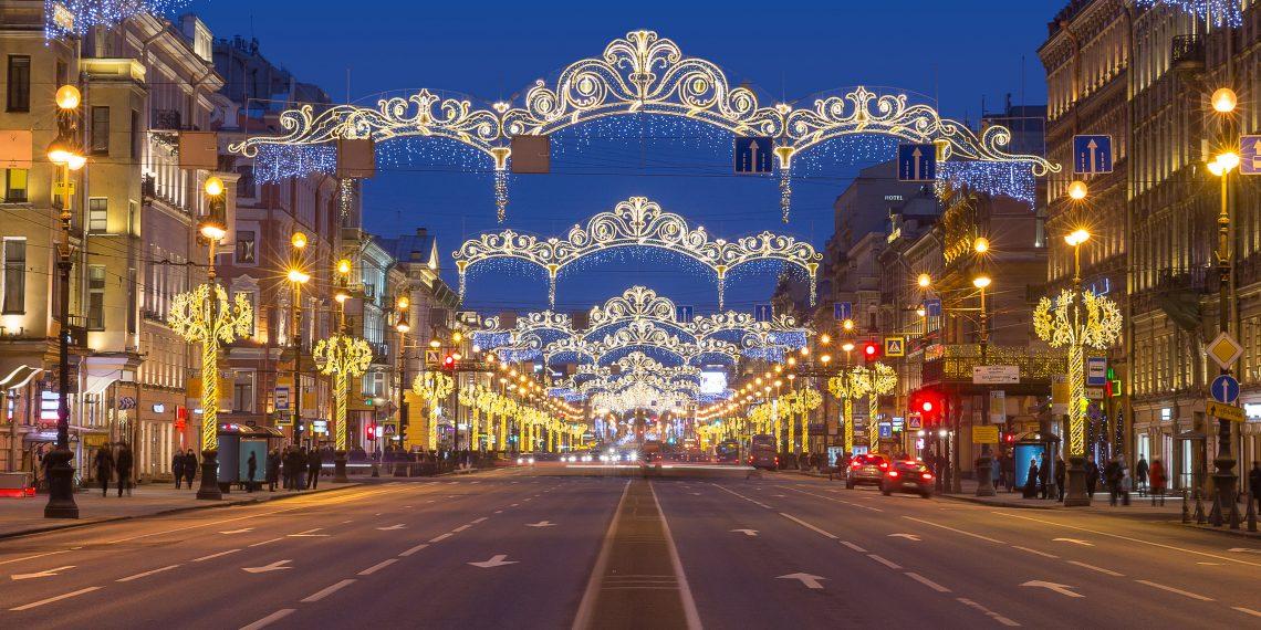 В Петербурге на новогодние праздники закрывают все кафе и рестораны