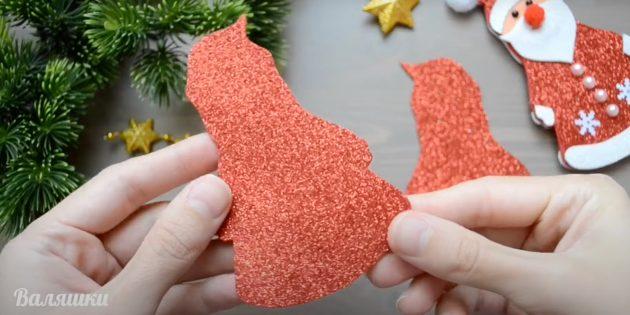 Как сделать Деда Мороза своими руками: вырежьте заготовки из фоамирана