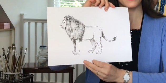 Реалистичный стоящий лев