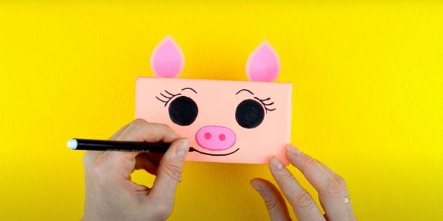 Как сделать копилку своими руками: нарисуйте ноздри и улыбку