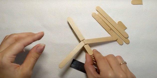 Поделки из дерева: приклейте крылья