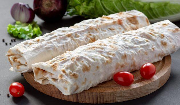 Шаурма с жареной колбасой