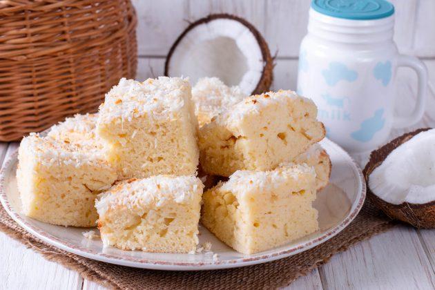 Нежный кокосовый пирог на кефире