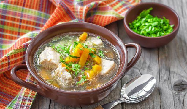 Простой суп из свинины с картошкой