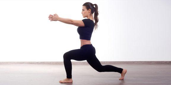 Тренировка дня: 4 простых движения помогут прийти в себя после праздников