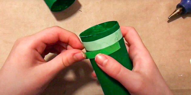 Поделки на 23 Февраля в садик: наклейте зелёную полоску